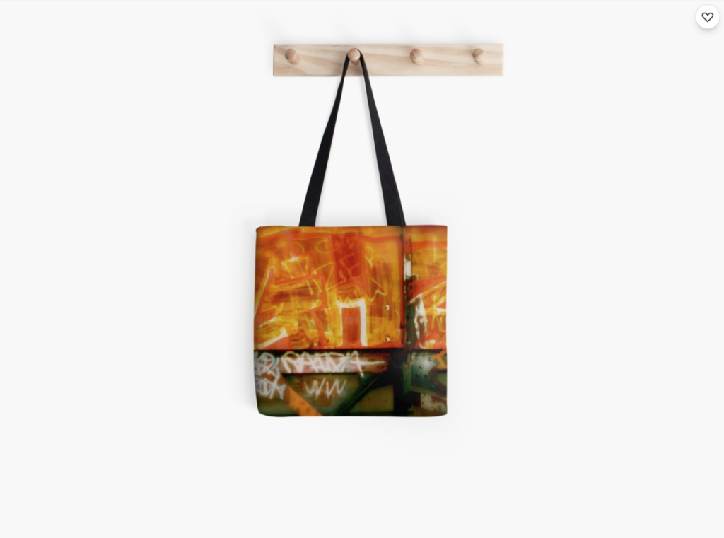 London Town Graffiti - GaryTrotmanphotoZ Tote Bag